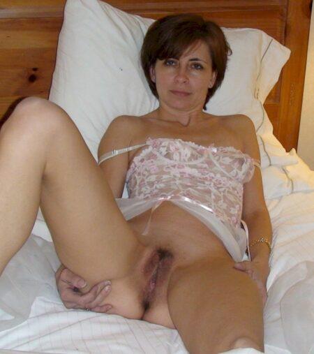Annonce cougar sexy pour un jeune mec sur Niort