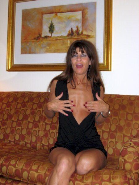 Cougar sexy vraiment très en manque recherche un gars tranquille