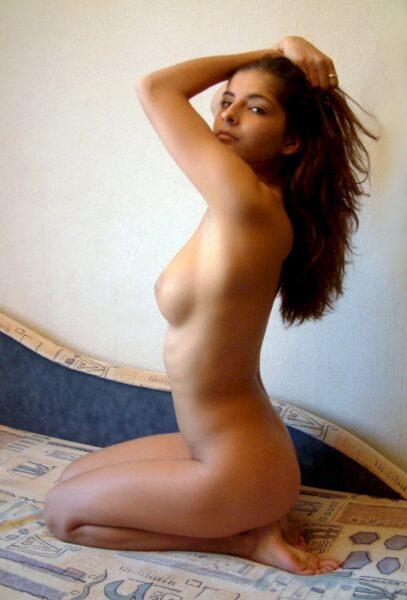 jeune femme coquine recherche un coquin pour un plan sexe sur le 06
