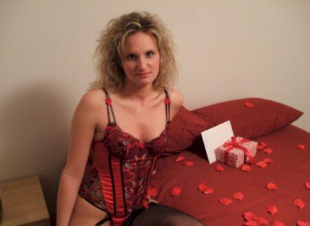 Très jolie femme coquine qui a envie d'un plan sexe
